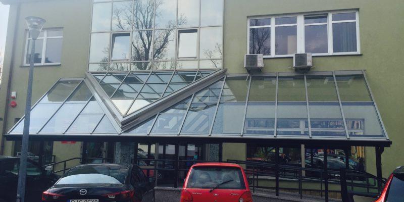 Budynek KRUS - zadaszenie